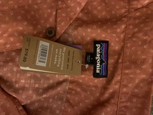 Men's Patagonia shirt size L for Sale in Leander, TX