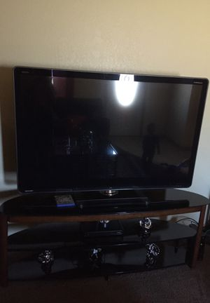 Tv and table for Sale in Saint Joseph, MO