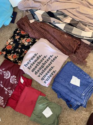 Clothing for Sale in Monroeville, PA