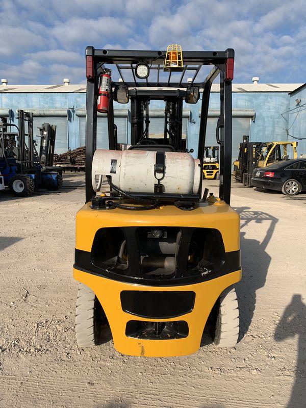 2013 Yale Forklift
