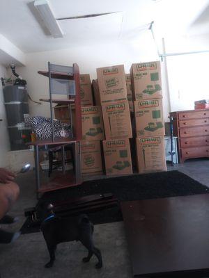 Corner computer desk for Sale in Las Vegas, NV