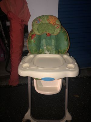 Kids High chair for Sale in Moonachie, NJ