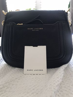 Marc Jacobs Empire City Mini Messenger Leather Crossbody Bag for Sale in Washington, DC