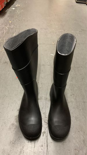 black rain boots size 8 for Sale in San Diego, CA