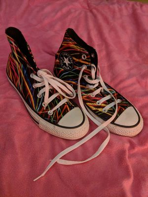 Converse Chuck Taylor All Star High Top Sneakers Women's Size 7 Men's Size 5 for Sale in Manassas, VA