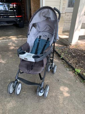 Chicco adjustable stroller for Sale in Minneapolis, MN