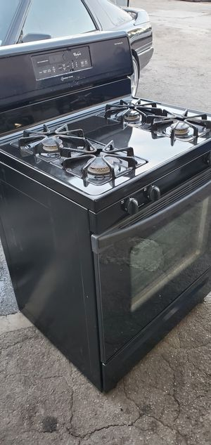 BLACK WHIRLPOOL STOVE APPLIANCE!!!!! for Sale in Los Angeles, CA
