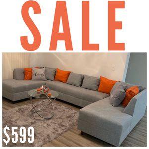 Modern Grey Three Piece Sectional for Sale in Hialeah, FL