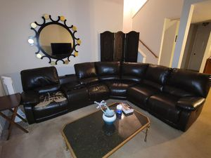 Living room set for Sale in Hayward, CA