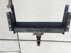 Tow hitch for Sale in Suisun City, CA