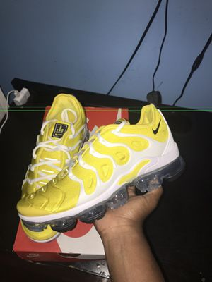 Wmns vapormax plus for Sale in Springfield, VA