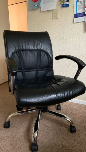 Office Chair (rotating) for Sale in Bellevue, WA
