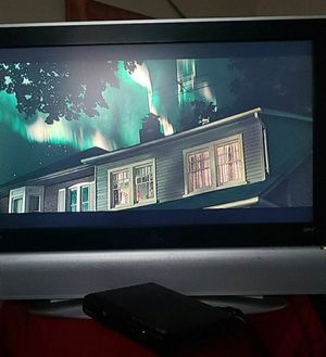 37 inch Vizio lcd tv for Sale in Fresno, CA