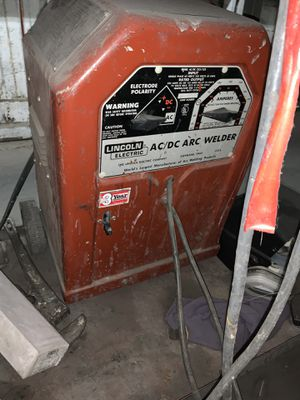 Lincoln arc welder with cart! for Sale in Los Angeles, CA