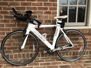 Trek Equinox 7 Triathlon Bike + 2 rims for Sale in Gahanna, OH
