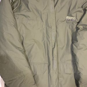 Patagonia Men's XXL Thigh Length Green Parka with ESPN Radio Logo (no Hood) for Sale in Southlake, TX