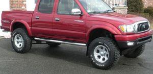 Perfectlyy 2002 Toyota Tacoma FWDWheelsRunsGreat FWDWWWHHEL for Sale in Jacksonville, FL