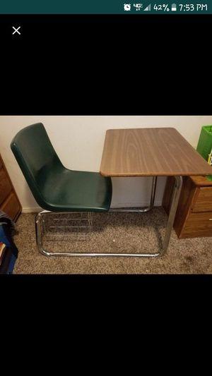 School desk for Sale in Cheney, KS