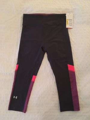 Under Armour Cropped Legging/Workout Pant - Small for Sale in Portland, OR