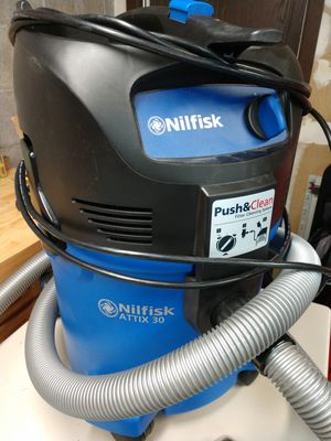 Nilfisk Attix 30 Vacuum for Sale in Cranberry Township, PA