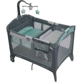 Graco Pack N Play Playard Portable Napper and Changer, Affinia for Sale in New York, NY