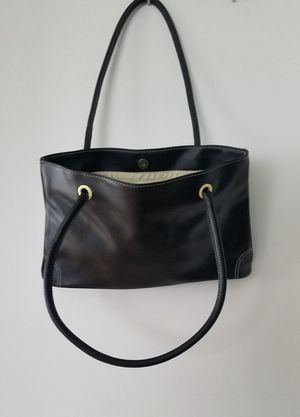 New. Black Handbag for Sale in Smithville, MO