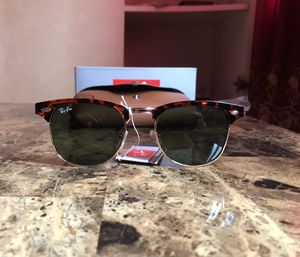 Ray-ban Clubmaster sunglasses for Sale in The Bronx, NY
