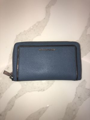 Michael Kors Wallet for Sale in Artesia, CA