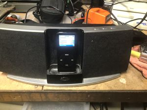 Klipsch iGroove SXT Miniplug or iPod/iPhone Compact Audio Speaker System Dock for Sale in Westampton, NJ