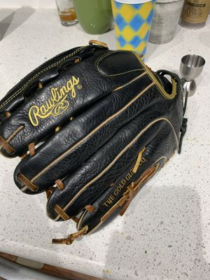 Rawlings Baseball Glove for Sale in Poway, CA