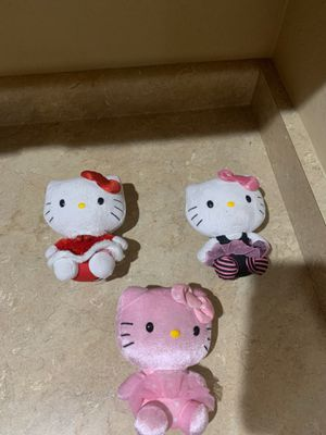 Hello kitty $2each or all for $5firm for Sale in Laveen Village, AZ