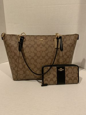 New Coach Set (Bag and Wallet) for Sale in Germantown, TN