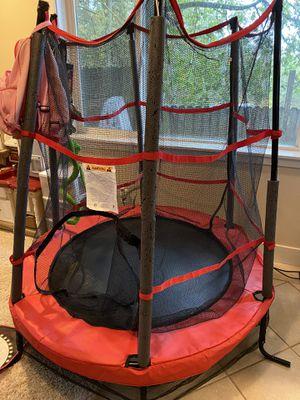 Kids indoor trampoline missing 1 pad for Sale in Sherwood, OR
