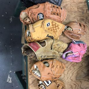 Assorted Baseball Gloves for Sale in Sacramento, CA