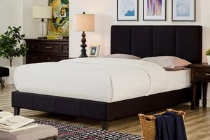 Grey Fabric Bed Frame, Queen for Sale in Bell Gardens, CA