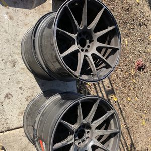Universal 5 Lug 18 Inch Rims for Sale in Wildomar, CA