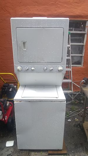 Frigidaire commercial heavy duty super capacity for Sale in West Palm Beach, FL