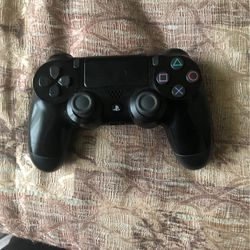 Ps4 Control for Sale in Fresno,  CA