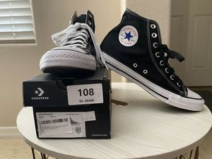 Converse Chuck Taylor All Star High Canvas High Size 8.5 Mens/ 10.5 Women's US $45 New in box for Sale in Sun City, AZ