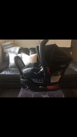 Britax Endeavors Infant Car Seat for Sale in Bothell, WA
