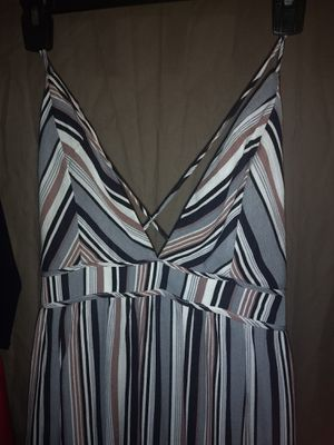 Flowy Spaghetti Strap Plunge Neckline Dress Size M for Sale in Charlotte, NC