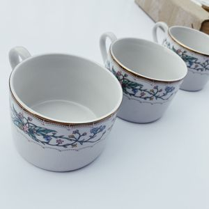Like New, Fine China, Faberware Wellesley Fine China 486 Set of 12 Tea Coffee Cups for Sale in Breinigsville, PA