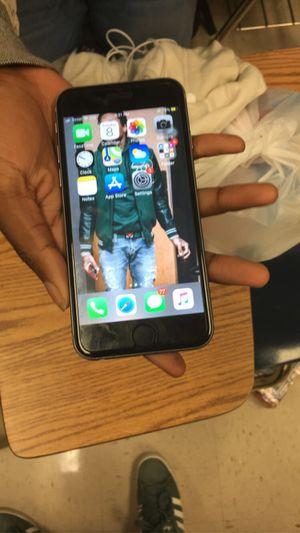 iPhone 6S for Sale in Hampton, VA