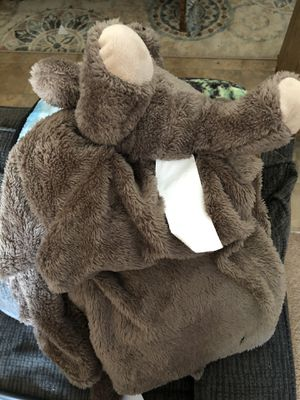 Unused blanket with an attached stuffed bear for Sale in Bolingbrook, IL