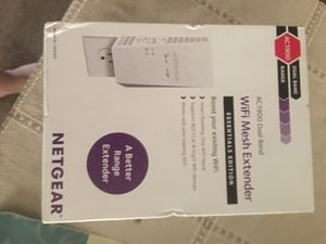 Netgear wifi extender for Sale in Brooklyn, OH