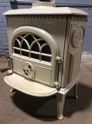 Wood / Coal Stove Jotul 3 Classic Cast Iron Stove for Sale in Camp Hill, PA