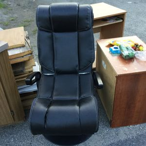 Free - CURBSIDE for Sale in Billerica, MA