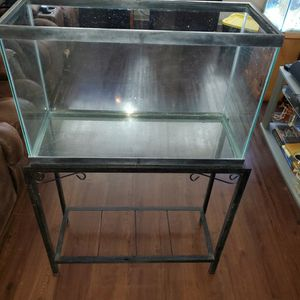 30 Gallon Tank and Stand for Sale in Tampa, FL