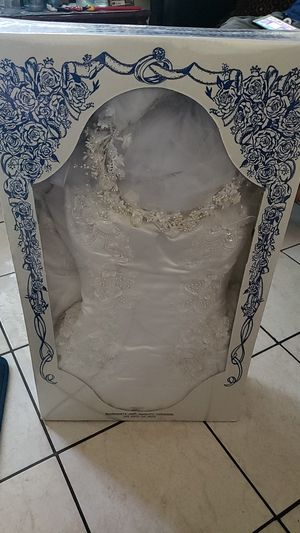 Wedding dress new for Sale in Los Angeles, CA