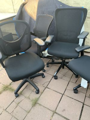 4 fabric office chairs for Sale in Hayward, CA